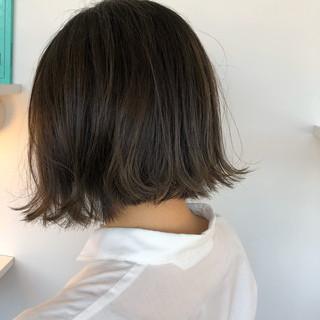 切りっぱなしボブ 地毛風カラー グレージュ ショートボブ ヘアスタイルや髪型の写真・画像