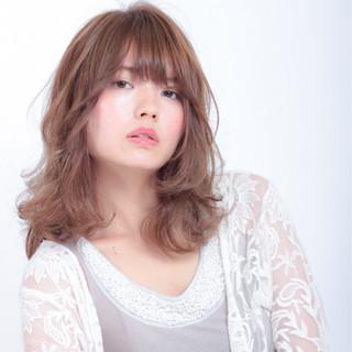 透明感 デート パーマ 色気 ヘアスタイルや髪型の写真・画像 ヘアスタイルや髪型の写真・画像