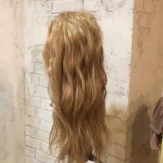 ハーフアップ ブラウン 外国人風 アッシュ ヘアスタイルや髪型の写真・画像