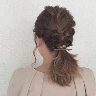 波ウェーブ ナチュラル ヘアアレンジ ツイスト ヘアスタイルや髪型の写真・画像