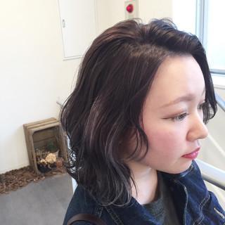 外ハネ ボブ グラデーションカラー バイオレットアッシュ ヘアスタイルや髪型の写真・画像