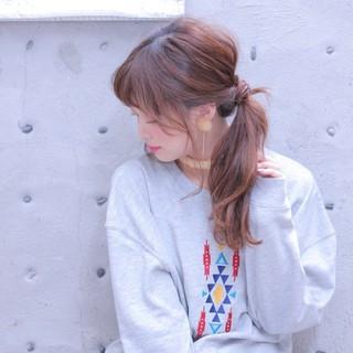 ローポニーテール ヘアアレンジ ポニーテール 簡単ヘアアレンジ ヘアスタイルや髪型の写真・画像