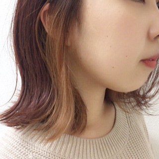 ブリーチ ピンク インナーカラーグレージュ インナーカラー ヘアスタイルや髪型の写真・画像