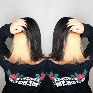 インナーカラーホワイト ブリーチ ボブ モード ヘアスタイルや髪型の写真・画像