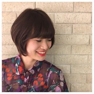 ツヤ髪 ボルドー ショート 愛され ヘアスタイルや髪型の写真・画像