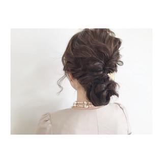 ゆるふわ ヘアアレンジ 結婚式 ミディアム ヘアスタイルや髪型の写真・画像