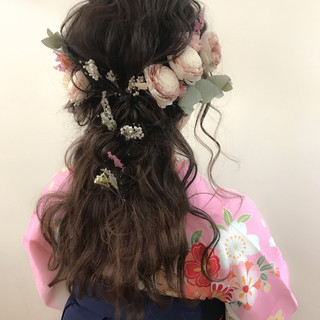 ロング 結婚式 謝恩会 ナチュラル ヘアスタイルや髪型の写真・画像