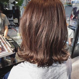 ミディアム 外ハネ ボブ かわいい ヘアスタイルや髪型の写真・画像