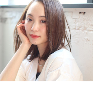 ワンカール ミディアム デート オフィス ヘアスタイルや髪型の写真・画像