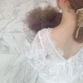 ミディアム 結婚式ヘアアレンジ ナチュラル 簡単ヘアアレンジ ヘアスタイルや髪型の写真・画像