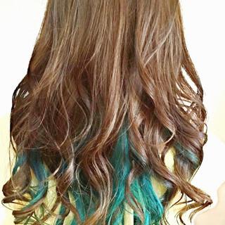 セミロング ブルー ビビッドカラー モード ヘアスタイルや髪型の写真・画像