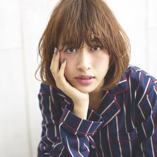 暗髪 前髪あり モード レイヤーカット ヘアスタイルや髪型の写真・画像 ヘアスタイルや髪型の写真・画像