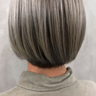 ブリーチ ナチュラル ブリーチなし アッシュグレージュ ヘアスタイルや髪型の写真・画像