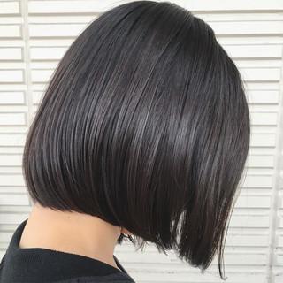 切りっぱなし ウェットヘア ボブ モード ヘアスタイルや髪型の写真・画像