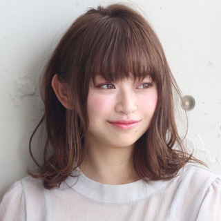 フェミニン 大人かわいい 愛され レイヤーカット ヘアスタイルや髪型の写真・画像 ヘアスタイルや髪型の写真・画像