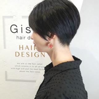 ベリーショート ツーブロック ボーイッシュ モード ヘアスタイルや髪型の写真・画像 ヘアスタイルや髪型の写真・画像