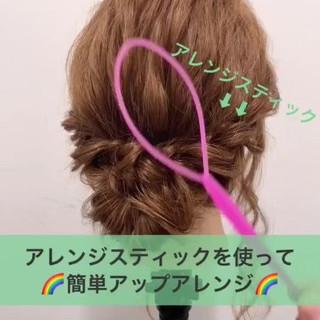 ミディアム フェミニン 簡単ヘアアレンジ エフォートレス ヘアスタイルや髪型の写真・画像