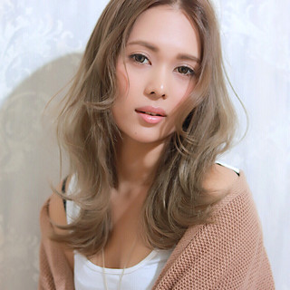 レイヤーカット ハイライト 外国人風 ロング ヘアスタイルや髪型の写真・画像