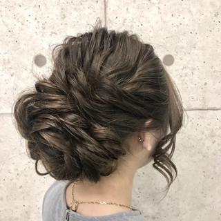 ゆるふわ 上品 ブライダル お団子 ヘアスタイルや髪型の写真・画像