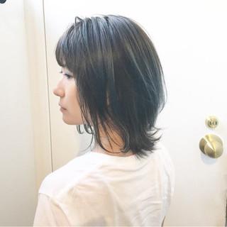 ストリート ウルフカット グレージュ アッシュグレージュ ヘアスタイルや髪型の写真・画像