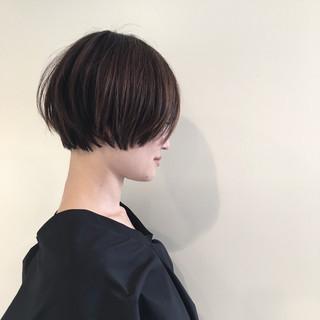ショート 切りっぱなし 抜け感 ハイライト ヘアスタイルや髪型の写真・画像