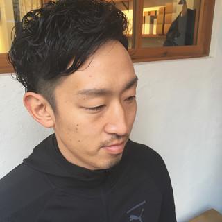 メンズカット メンズカラー メンズパーマ パーマ ヘアスタイルや髪型の写真・画像