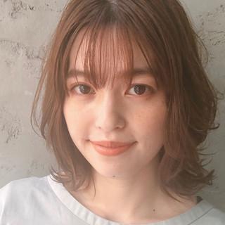 アンニュイほつれヘア 愛され オフィス ミディアム ヘアスタイルや髪型の写真・画像