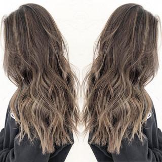 ハイライト ロング ヘアカラー 透明感カラー ヘアスタイルや髪型の写真・画像 ヘアスタイルや髪型の写真・画像