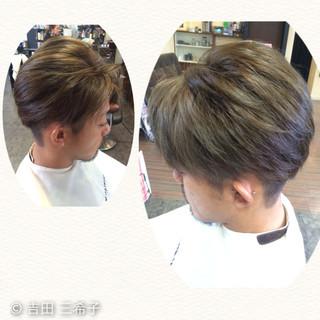 ストリート ショート グレーアッシュ アッシュグレー ヘアスタイルや髪型の写真・画像