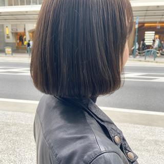 ナチュラル アッシュベージュ アッシュグレージュ アッシュ ヘアスタイルや髪型の写真・画像