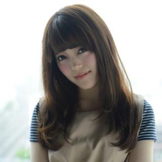 かわいい 艶髪 ナチュラル セミロング ヘアスタイルや髪型の写真・画像