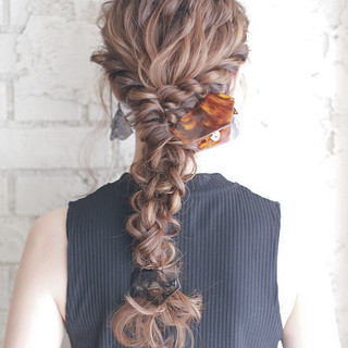 グラデーションカラー ゆるふわ ヘアアレンジ ハイライト ヘアスタイルや髪型の写真・画像