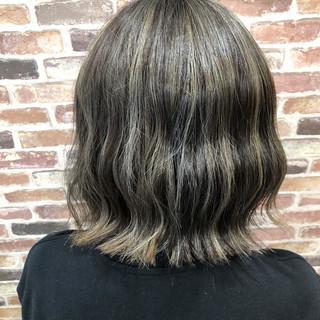 ハイライト 暗髪 モード ボブ ヘアスタイルや髪型の写真・画像