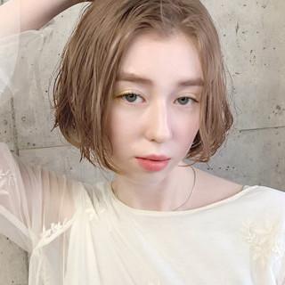 アンニュイほつれヘア グレージュ ボブ 春スタイル ヘアスタイルや髪型の写真・画像