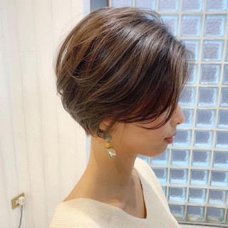 簡単ヘアアレンジ ショート デート パーマ ヘアスタイルや髪型の写真・画像
