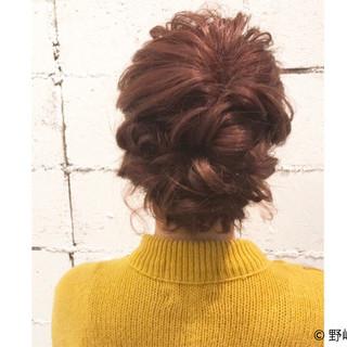 フェミニン パーマ 簡単ヘアアレンジ セミロング ヘアスタイルや髪型の写真・画像