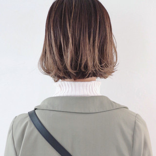 グラデーションカラー 外国人風 ストリート ボブ ヘアスタイルや髪型の写真・画像 ヘアスタイルや髪型の写真・画像