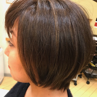 アッシュ ショート ショートボブ ハイライト ヘアスタイルや髪型の写真・画像