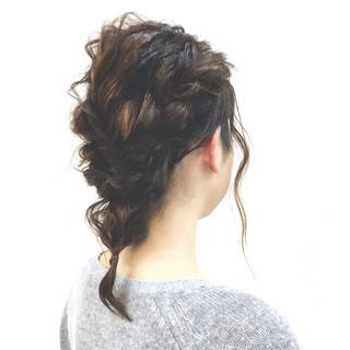 ヘアアレンジ ミディアム ゆるふわ ロープ編み ヘアスタイルや髪型の写真・画像