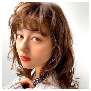 ヘアアレンジ デートヘア フェミニン ミディアム ヘアスタイルや髪型の写真・画像