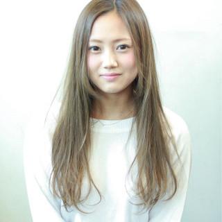 ロング 大人かわいい 外国人風 ナチュラル ヘアスタイルや髪型の写真・画像