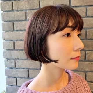 ピンクベージュ アンニュイほつれヘア ショート ピンク ヘアスタイルや髪型の写真・画像 ヘアスタイルや髪型の写真・画像