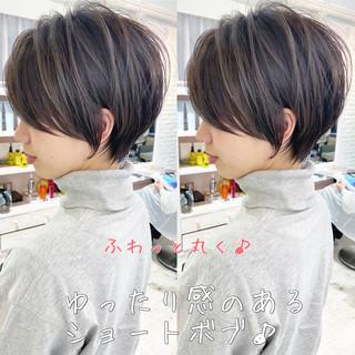 フェミニン シースルーバング ミニボブ 小顔ショート ヘアスタイルや髪型の写真・画像