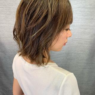 ウルフカット イルミナカラー 大人ハイライト ボブ ヘアスタイルや髪型の写真・画像