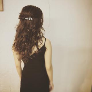 ヘアアレンジ 大人女子 ハーフアップ ねじり ヘアスタイルや髪型の写真・画像