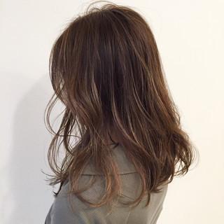 ゆるふわ ストリート 外国人風 ミディアム ヘアスタイルや髪型の写真・画像