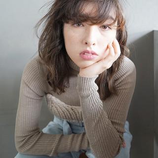 アンニュイ 抜け感 ミディアム 外国人風 ヘアスタイルや髪型の写真・画像