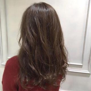 かわいい 大人女子 ロング 波ウェーブ ヘアスタイルや髪型の写真・画像
