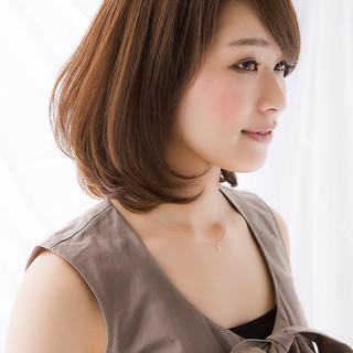 バレンタイン ミディアム フェミニン 簡単ヘアアレンジ ヘアスタイルや髪型の写真・画像