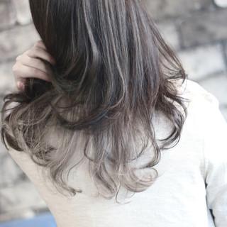アッシュ ストリート グラデーションカラー 外国人風 ヘアスタイルや髪型の写真・画像